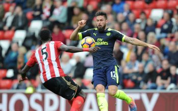 SUNDERLAND, ENGLAND - OCTOBER 29: Olivier Giroud of Arsenal takes on Papy Djilobodji of Sunderland during the Premier League match between Sunderland and Arsenal at Stadium of Light on October 29, 2016 in Sunderland, England. (Photo by Stuart MacFarlane/Arsenal FC via Getty Images) *** Local Caption *** Olivier Giroud;Papy Djilobodji