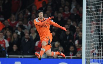 LONDON, ENGLAND - OCTOBER 20:  Petr Cech of Arsenal during the UEFA Champions League match between Arsenal and Bayern Munchen at Emirates Stadium on October 20, 2015 in London, United Kingdom.  (Photo by Stuart MacFarlane/Arsenal FC via Getty Images) *** Local Caption *** Petr Cech
