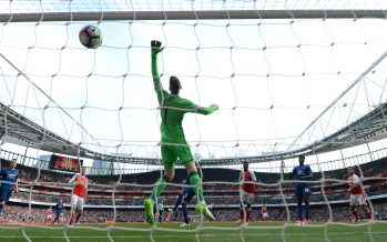 LONDON, ENGLAND - MAY 07:  Danny Welbeck scores Arsenal's 2nd goal past David De Gea of Man Utd during the Premier League match between Arsenal and Manchester United at Emirates Stadium on May 7, 2017 in London, England.  (Photo by David Price/Arsenal FC via Getty Images) *** Local Caption *** Danny Welbeck; David De Gea