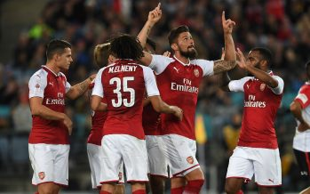 SYDNEY, AUSTRALIA - JULY 15:  Olivier Giroud celebrates scoring Arsenal's 1st goal with his team mates during the match between the Western Sydney Wanderers and Arsenal FC at ANZ Stadium on July 15, 2017 in Sydney, Australia.  (Photo by David Price/Arsenal FC via Getty Images) *** Local Caption *** Olivier Giroud