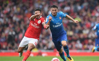 LONDON, ENGLAND - JULY 29:  Sead Kolasinac of Arsenal takes on Salvio of Benfica during the match between Arsenal and SL Benfica at Emirates Stadium on July 29, 2017 in London, England.  (Photo by David Price/Arsenal FC via Getty Images) *** Local Caption *** Sead Kolasinac; Salvio