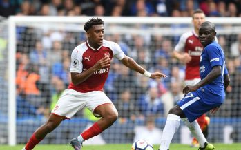LONDON, ENGLAND - SEPTEMBER 17: Alex Iwobi of Arsenal breaks past N'Golo Kante of Chelsea during the Premier League match between Chelsea and Arsenal at Stamford Bridge on September 17, 2017 in London, England. (Photo by Stuart MacFarlane/Arsenal FC via Getty Images) *** Local Caption *** Alex Iwobi;N'Golo Kante