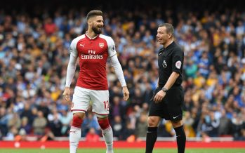 LONDON, ENGLAND - OCTOBER 01:  Arsenal's Olivier Giroud chats with referee Kevin Friend during the Premier League match between Arsenal and Brighton and Hove Albion at Emirates Stadium on September 30, 2017 in London, England.  (Photo by Stuart MacFarlane/Arsenal FC via Getty Images) *** Local Caption *** Olivier Giroud;Kevin Friend;referee