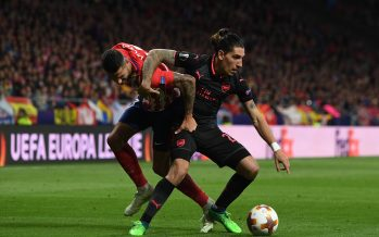 MADRID, SPAIN - MAY 03:  Hector Bellerin of Arsenal takes on Vitolo of Atletico during the UEFA Europa League Semi Final second leg match between Atletico Madrid  and Arsenal FC at Estadio Wanda Metropolitano on May 3, 2018 in Madrid, Spain.  (Photo by David Price/Arsenal FC via Getty Images) *** Local Caption *** Hector Bellerin; Vitolo