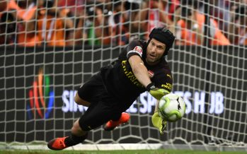 SINGAPORE - JULY 26: Arsenal goalkeeper Petr Cech saves a penalty in the shoot out during the International Champions Cup 2018 match between Club Atletico de Madrid and Arsenal at the National Stadium on July 26, 2018 in Singapore. (Photo by Stuart MacFarlane/Arsenal FC via Getty Images) *** Local Caption *** Petr Cech