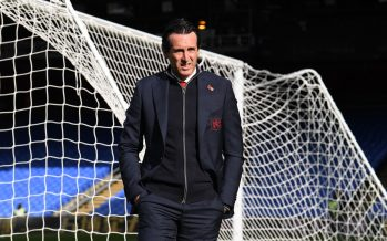 LONDON, ENGLAND - OCTOBER 28:  Unai Emery the Head Coach of Arsenal walks into the stadium before the Premier League match between Crystal Palace and Arsenal FC at Selhurst Park on October 28, 2018 in London, United Kingdom.  (Photo by David Price/Arsenal FC via Getty Images) *** Local Caption *** Unai Emery