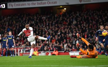 LONDON, ENGLAND - JANUARY 01:  Alexandre Lacazette scores Arsenal's 2nd goal during the Premier League match between Arsenal FC and Fulham FC at Emirates Stadium on January 1, 2019 in London, United Kingdom.  (Photo by David Price/Arsenal FC via Getty Images) *** Local Caption *** Alexandre Lacazette