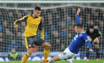 LIVERPOOL, ENGLAND - DECEMBER 13: Franics Coquelin of Arsenal challenged by James McCarthy of Everton during the Premier League match between Everton and Arsenal at Goodison Park on December 13, 2016 in Liverpool, England. (Photo by Stuart MacFarlane/Arsenal FC via Getty Images) *** Local Caption *** Francis Coquelin;James McCarthy