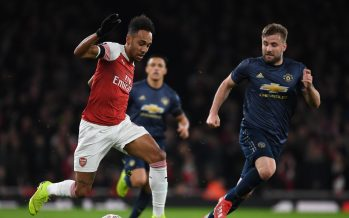 LONDON, ENGLAND - JANUARY 25: Pierre-Emerick Aubameyang of Arsenal takes on Luke Shaw of Man United during the FA Cup Fourth Round match between Arsenal and Manchester United at Emirates Stadium on January 25, 2019 in London, United Kingdom. (Photo by Stuart MacFarlane/Arsenal FC via Getty Images)