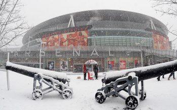 emirates-stadium-snow-outside-background