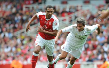LONDON, ENGLAND - SEPTEMBER 03:  Gilberto of Arsenal Legends knocks the ball past Stefano Eranio of Milan during the Arsenal Foundation Charity match between Arsenal Legends and Milan Glorie at Emirates Stadium on September 3, 2016 in London, England.  (Photo by David Price/Arsenal FC via Getty Images) *** Local Caption *** Gilberto; Stefano Eranio