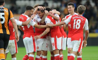 HULL, ENGLAND - SEPTEMBER 17:  Granit Xhaka celebrates scoring Arsenal's 4th goal with his team mates during the Premier League match between Hull City and Arsenal at KCOM Stadium on September 17, 2016 in Hull, England.  (Photo by David Price/Arsenal FC via Getty Images) *** Local Caption *** Granit Xhaka