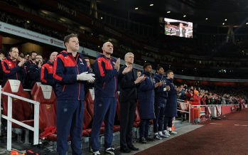 LONDON, ENGLAND - DECEMBER 28:  (L-R) Colin Lewin, Steve Bould and Arsene Wenger the Arsenal Manager during the minutes appreiaction for Don Howe the Barclays Premier League match between Arsenal and Bournemouth at Emirates Stadium on December 28, 2015 in London, England.  (Photo by David Price/Arsenal FC via Getty Images) *** Local Caption *** Colin Lewin; Steve Bould; Arsene Wenger