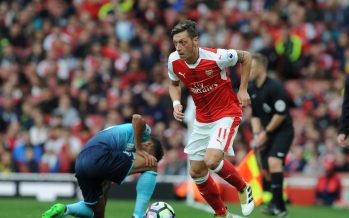 LONDON, ENGLAND - OCTOBER 15:  Mesut Ozil of Arsenal during the Premier League match between Arsenal and Swansea City at Emirates Stadium on October 15, 2016 in London, England.  (Photo by Stuart MacFarlane/Arsenal FC via Getty Images) *** Local Caption *** Mesut Ozil;Oezil