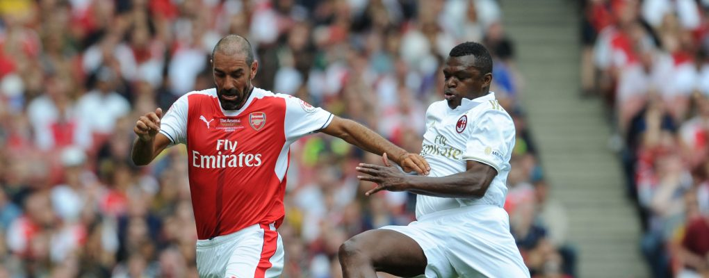 LONDON, ENGLAND - SEPTEMBER 03:  Robert Pires of Arsenal takes on Marcel Desailly of Milan during the friendly match between the Arsenal Legends and Milan Glorie at Emirates Stadium on September 3, 2016 in London, England.  (Photo by Stuart MacFarlane/Arsenal FC via Getty Images) *** Local Caption *** Robert Pires;Marcel Desailly