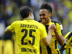 Sokratis-and-Aubameyang